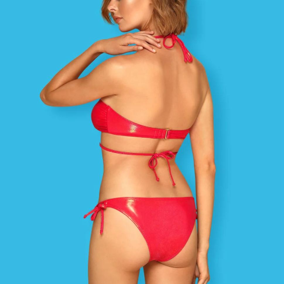 Rode bikini met haltersluiting
